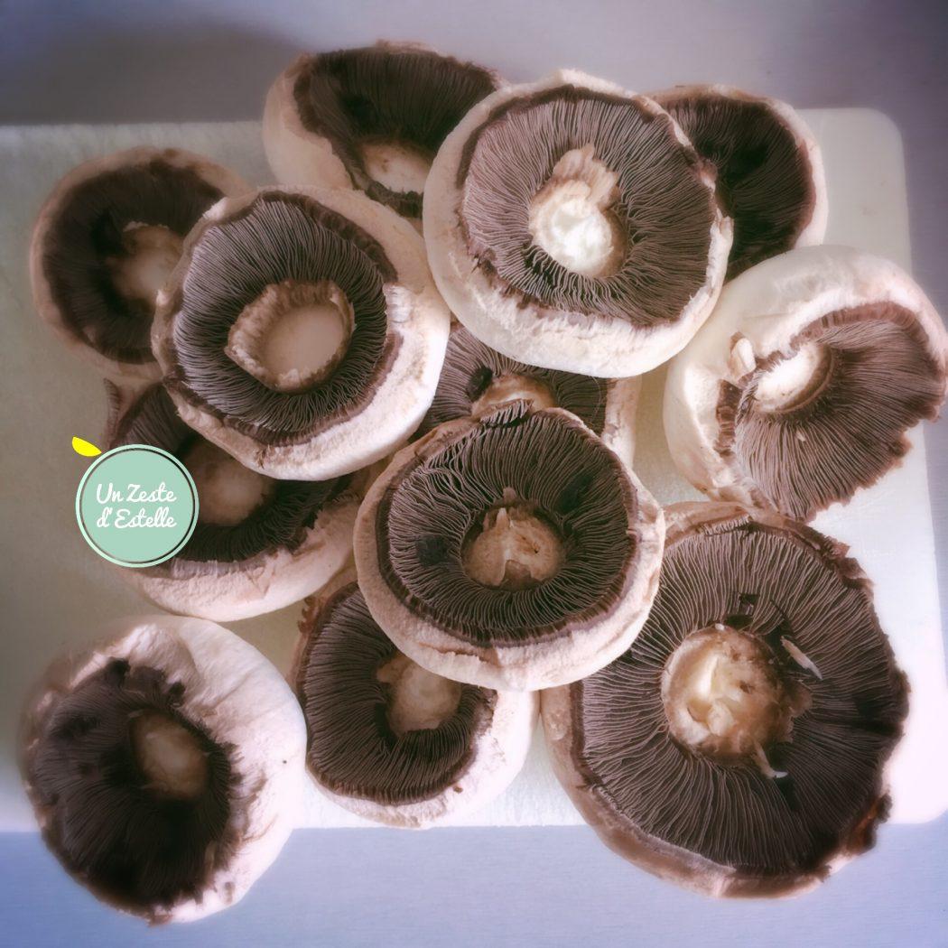 Les champignons épluchés
