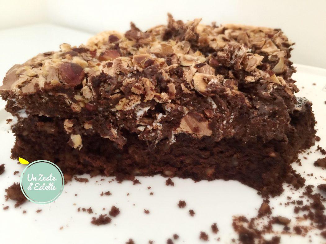 Gâteau chocolat-noisette psychédélique, sans lactose