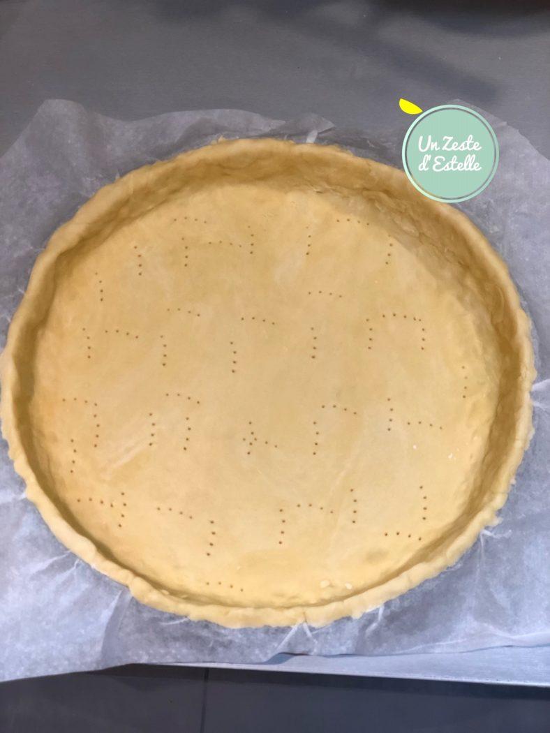 La pâte de la quiche est prête à être garnie !